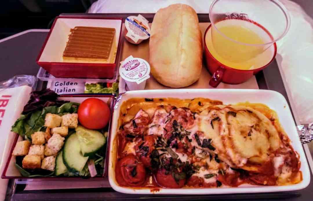 Pasta dinner on Iberia Premium Economy