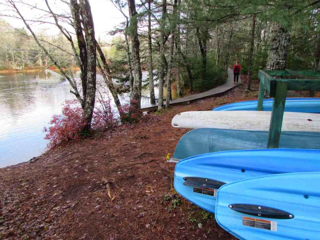 Boat launch area at Trout Point Lodge