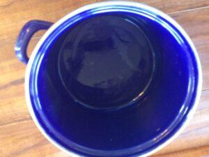 A quick soak in vinegar and a little scrubbing with a rough sponge. Pretty nice!