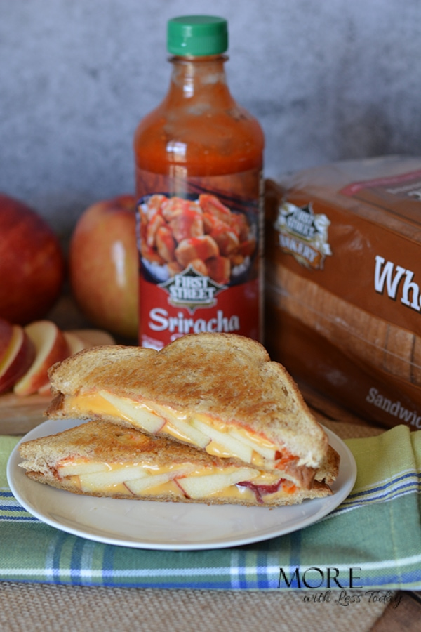 Sriracha Grilled Cheese with Apples Sandwich Recipe
