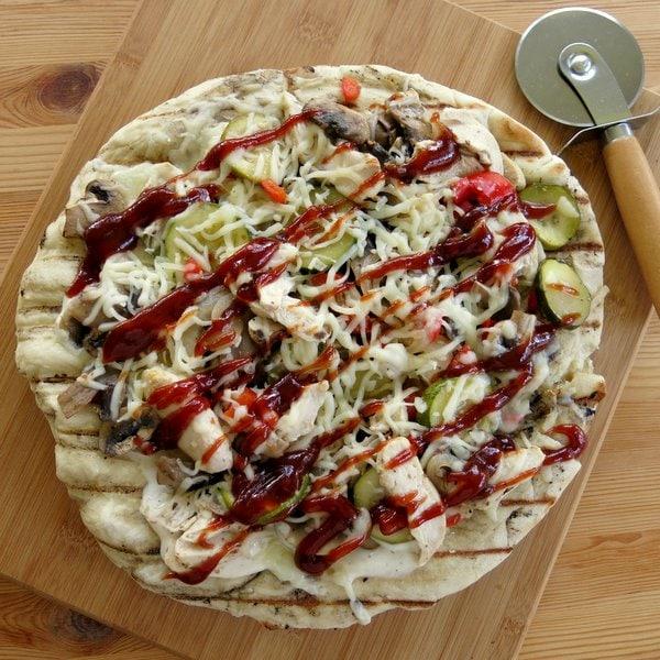 favorite grill recipes chicken bbq pizza