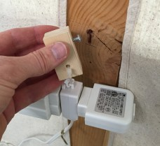 photo of keyhole slot to attach wiring