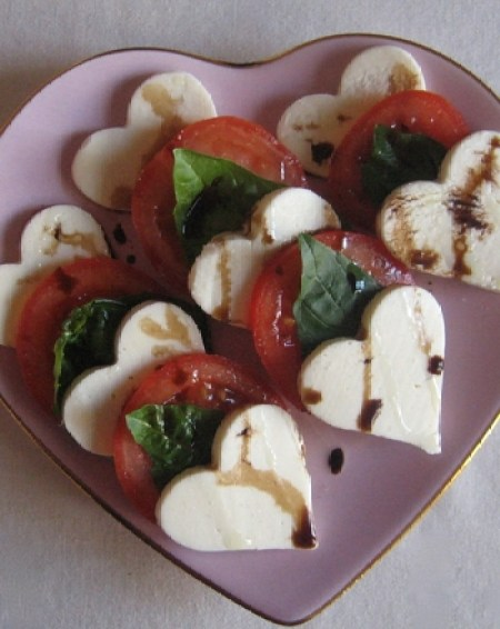 heart-shaped food caprese salad