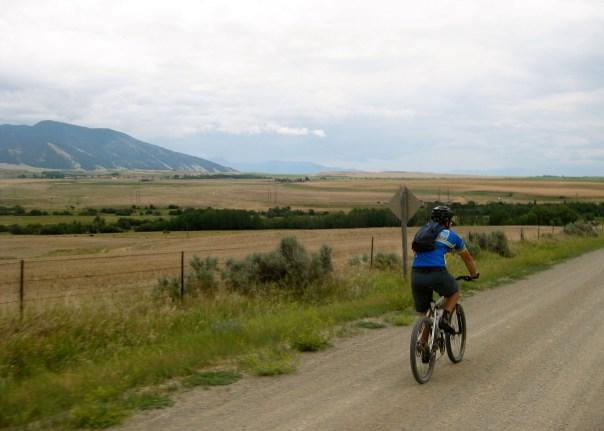 rider-on-gravel