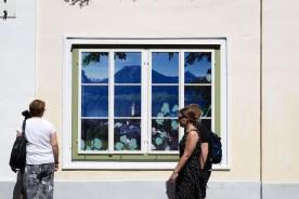 Fensterbeklebung mit Lochfolie - MORI Werbung & Fotografie