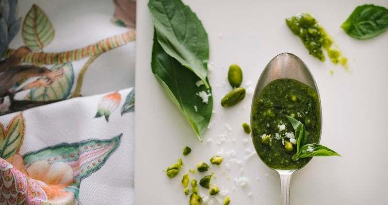 Como consumir las hojas frescas de moringa