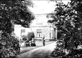 Side view of Wellfield House, Churwell