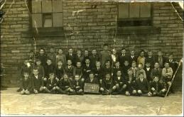 School photo at Drighlington Board School