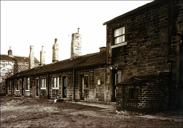 Old cottages, numbers 47 to 55, off Moorside Road