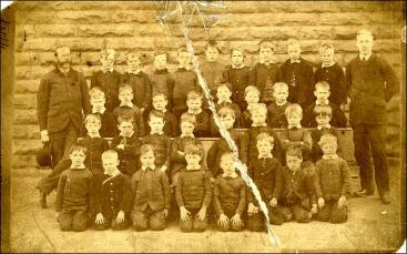 Group photo of pupils and teachers at Peel Street Board School