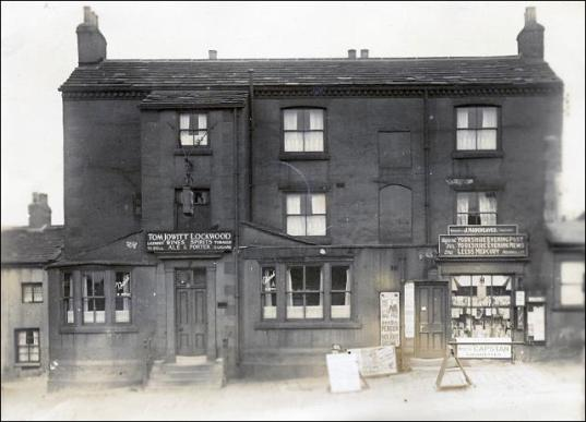 The Old Golden Fleece and Hargreaves' Shop, Churwell.