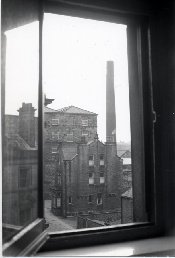 Mill_Albert_Building_1950