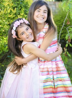 MorLove-Child-Photography-Chepstow-Sisters-Location