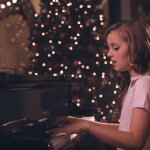 "12-Year-Old Evie Clair WOWS Internet World With Incredible Rendition of ""Mary, Did You Know?"""