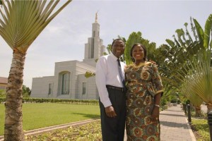 accra-ghana-temple-couple-lds-610093-gallery
