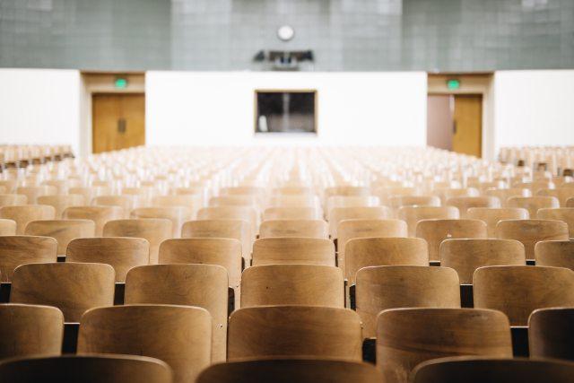 Didattica mista e aiuti (anche per ricercatori): così ripartono le università dopo il lockdown