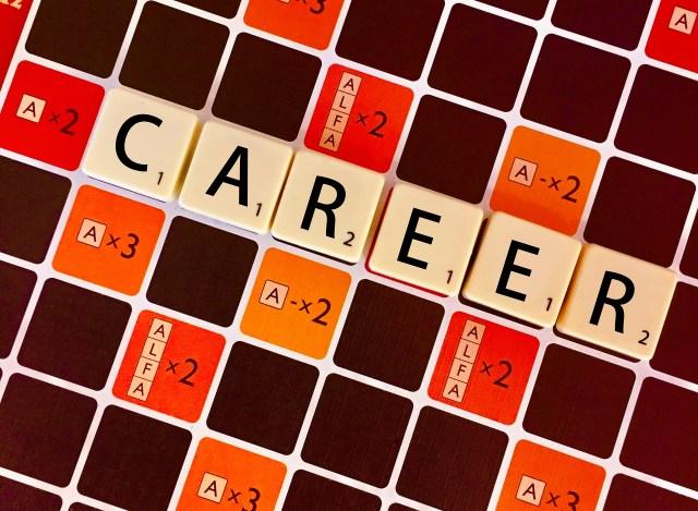 Ciao ciao CV: perché la ricerca di lavoro non passa più dal pezzo di carta