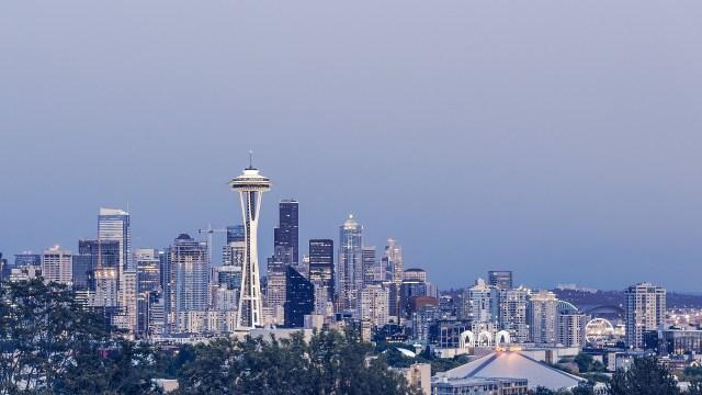 Estate in città (ma all'estero): cinque destinazioni per scoprire il lavoro che cambia