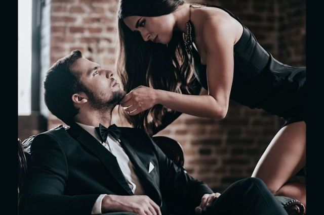 women seducing men