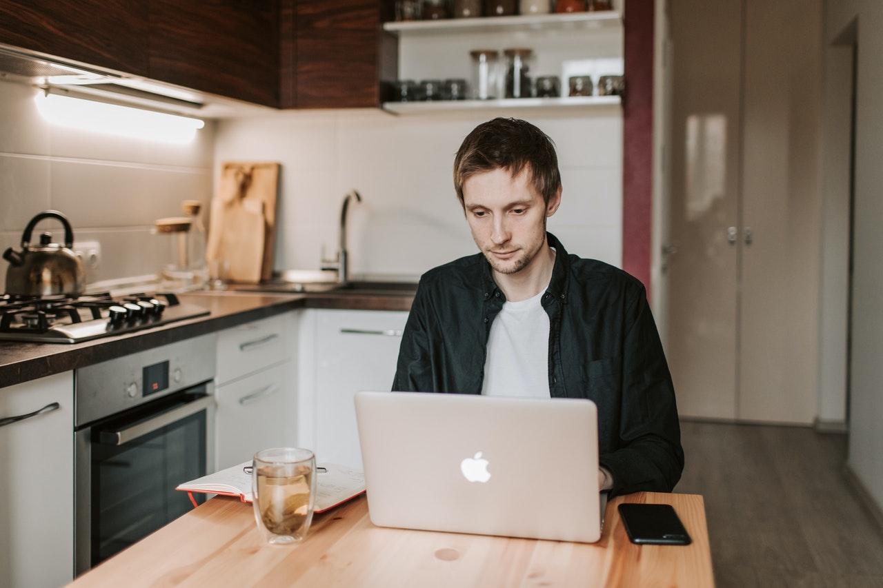 Online Dating Australia: Find Love in Down Under