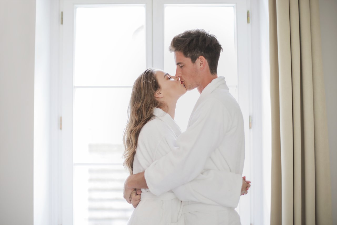 Exit The Dance Between Suffering & Boredom in Your Relationship