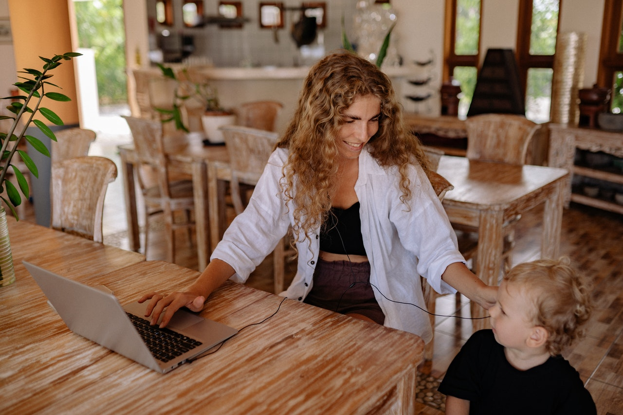 Career Options for Staying at Home Mothers