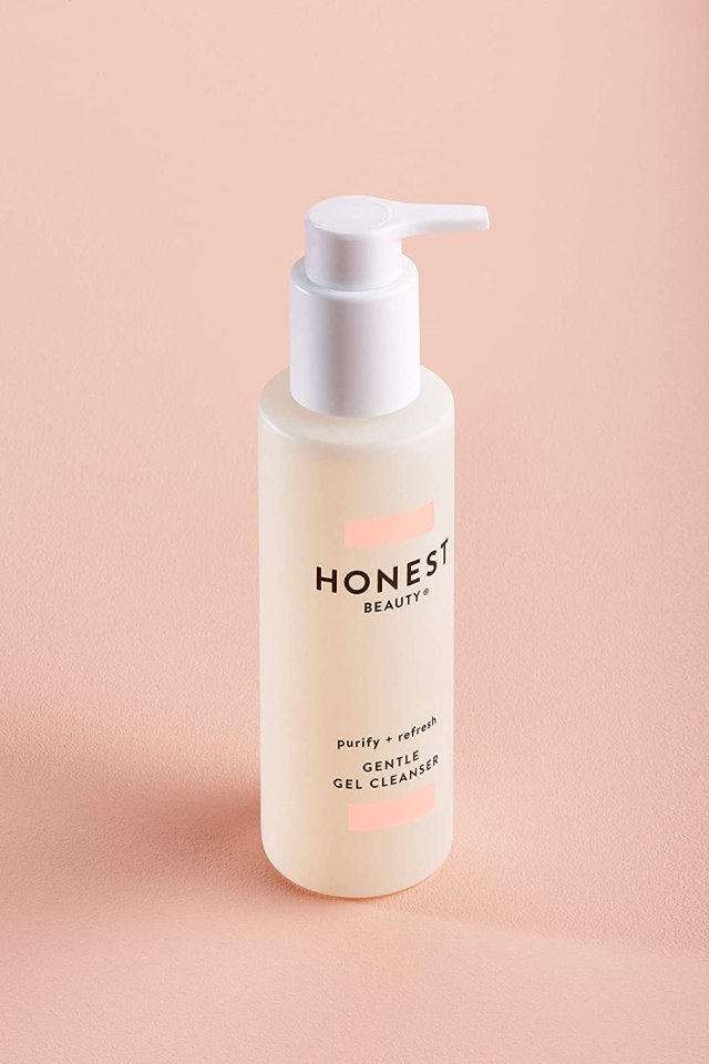 Honest Beauty Gentle Gel Cleanser with Chamomile & Calendula Extracts