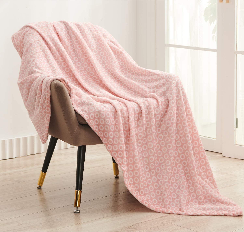 Super Soft Flannel Throw Blanket