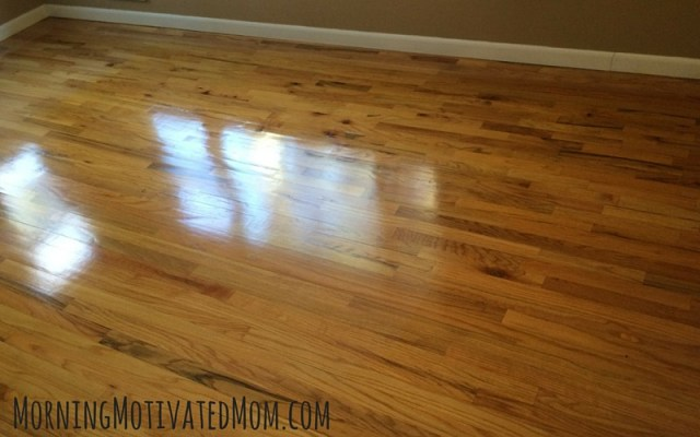 How to clean your hardwood floors. Bona PowerPlus Hardwood Floor Deep Cleaner
