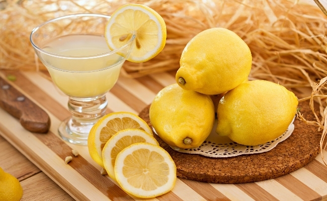 Lemon Juice - Top 15 Amazing Natural Remedies Present In Your Kitchen