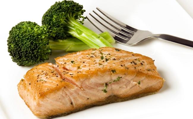 Broccoli With Fatty Fish