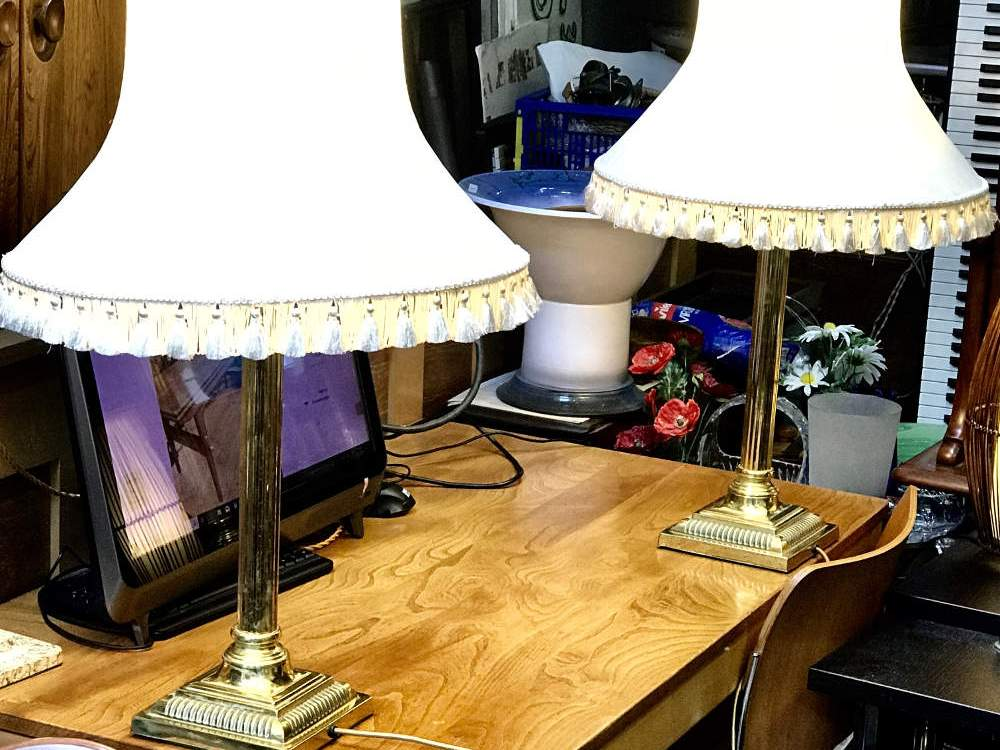 Classic Corithian Side lamps