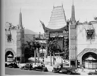 Grauman's Chinese Theater in 1926