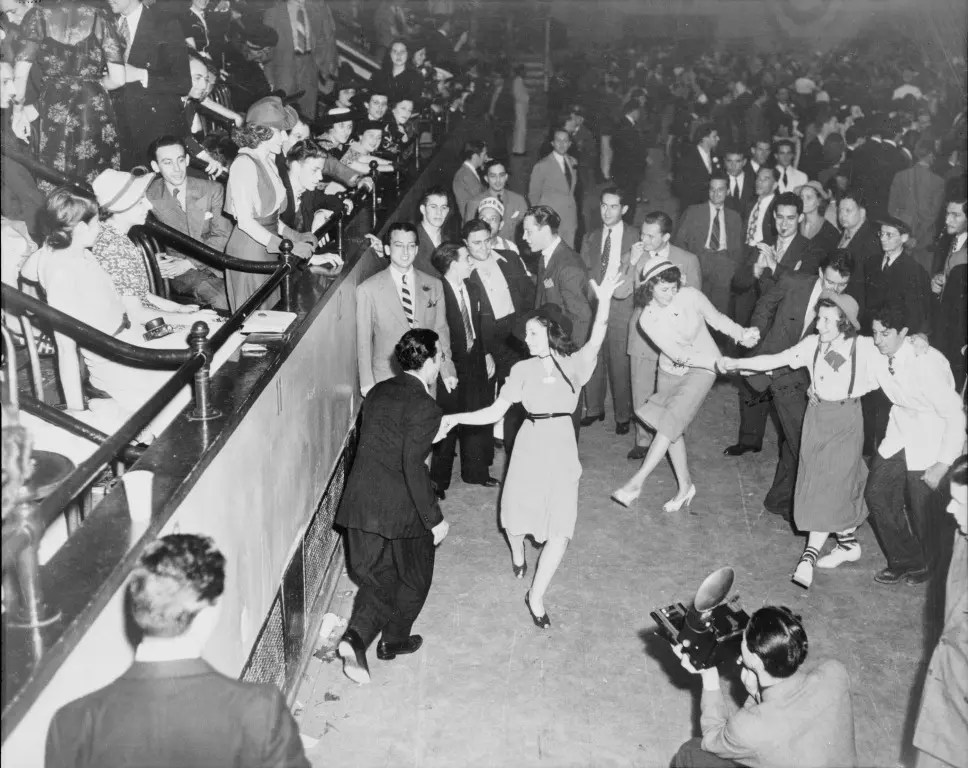 d44f1fca1ac2 The Jitterbug Dance (1940's) | Mortal Journey