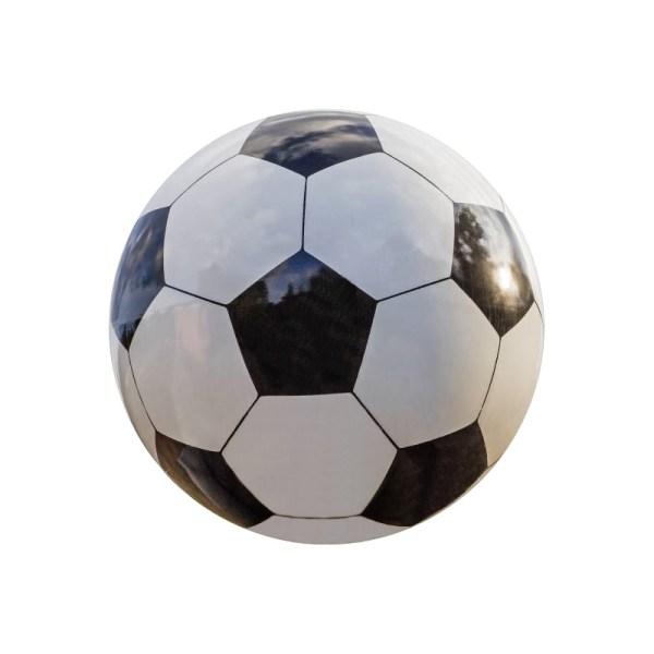 Balón de fútbol en Mármol