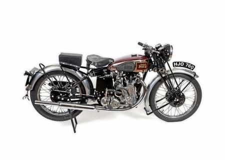 This is the magnificent Vincent HRD Meteor that will be coming up for sale at the Netley Marsh Charterhouse Auction on Friday, September 2.