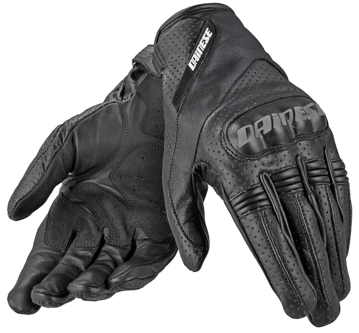 Motorcycle gloves guide - Some Manufacturers Offer Gloves Which Cater For Ladies Hands Which Are Often Thinner And Smaller Than Men S