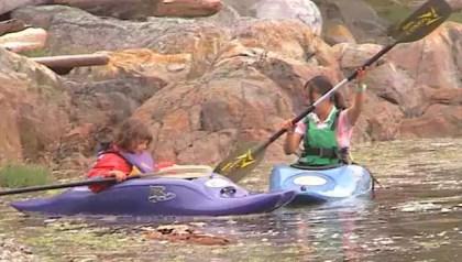 37_yen_mandi_paddling