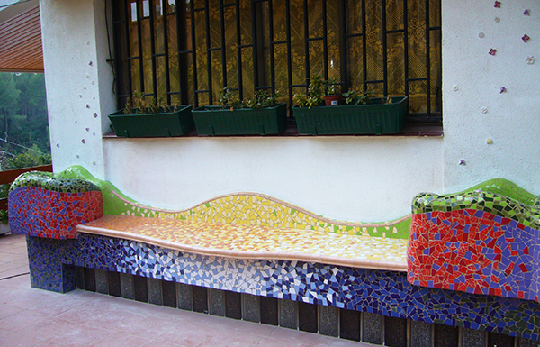 Bench with two flower pots, 3'50m, private house, Barcelona.