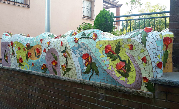 Big flower pot, 7m x 50cm, La Miranda School, Barcelona.