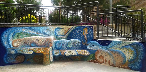 La Font de l'alegria (Joy Fountain,), 7'20m x 1'90m, La Miranda School, Barcelona, 2013.