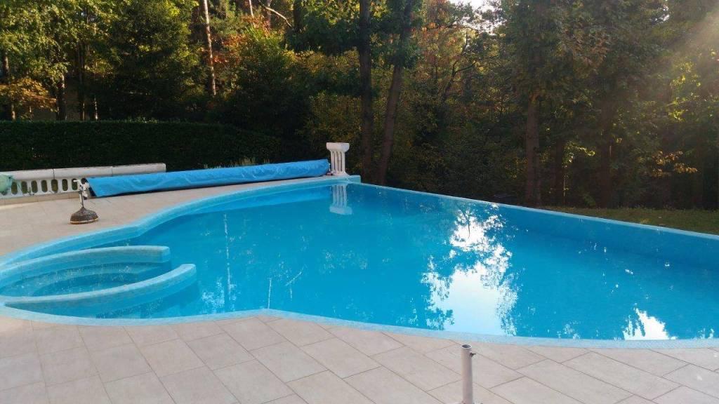 Rivestimento piscina in mosaico Bisazza