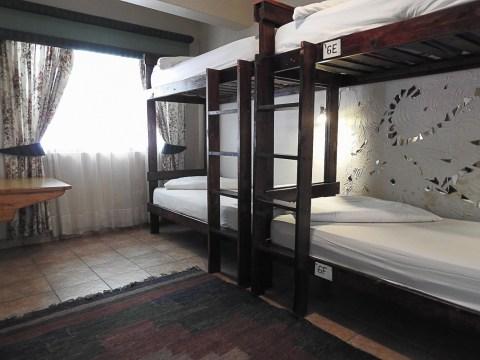 Room 6 - Mossel Bay Backpackers