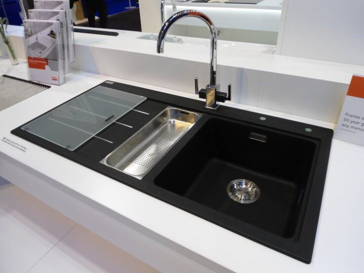 Extremely Beautiful Black Kitchen Sink That You Need To See