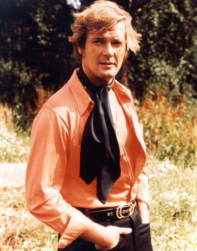 brett-sinclair-roger-moore-gay-open-shirt-70s-look-tie-twink-hunk-fashion-vintage