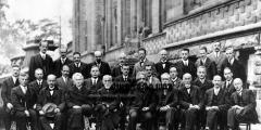 أشهر شخصيات الفيزياء حول العالم