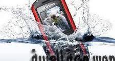 طريقة جديدة لإنقاذ هاتفك إذا سقط في الماء