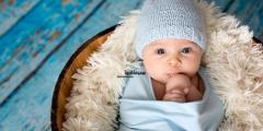 مراحل النمو التي يمر بها الطفل