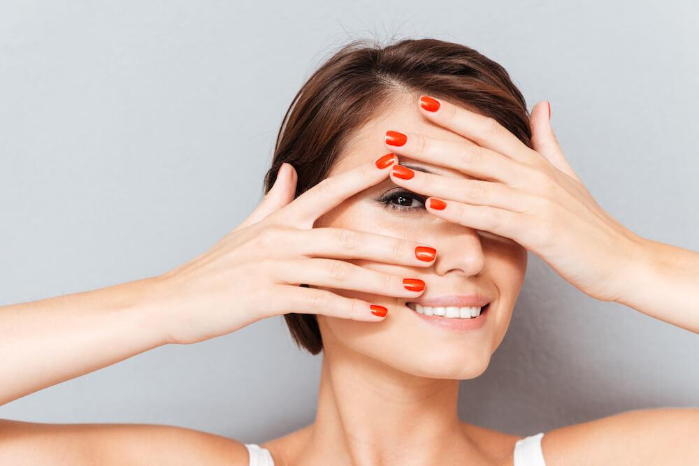 【ほくろ占い】手の指のほくろ意味と運勢12種、どんな性格なのか判明!