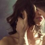 Ler contos eróticos apimenta a relação?